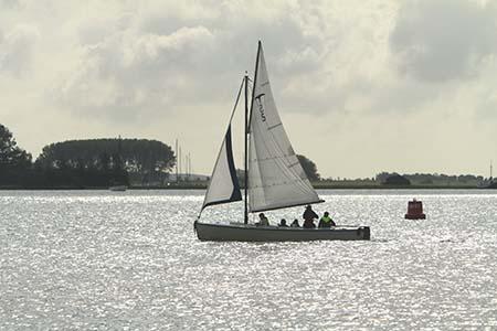 zeilboot-huren-valk-zeilboot